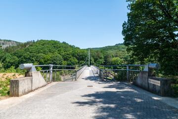 Victor-Neels-Brücke über die Urfttalsperre nach Vogelsang