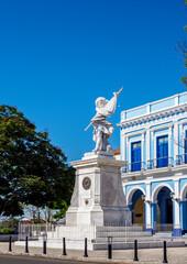 Foto op Plexiglas Historisch mon. Soldier Liberator Sculpture at La Vigia Square, Matanzas, Matanzas Province, Cuba