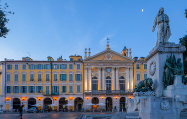 Fotorolgordijn Historisch mon. Statue of Garibaldi, Place Garibaldi, Nice, South of France,