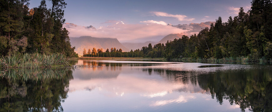 Lake Matheson and the Southern Alps, West Coast, South Island, New Zealand