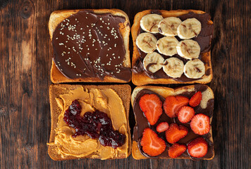 French toasts with peanut butter and fruit pieces
