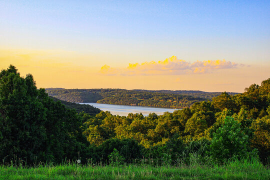 Sunset over Norfork Lake and the surrounding mountains in Mountain Home, Arkansas