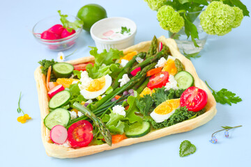 Frühlingstarte mit Gemüse