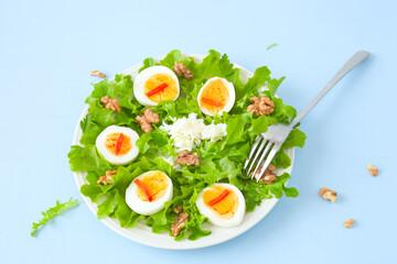 Walnuss- Ei- Salat