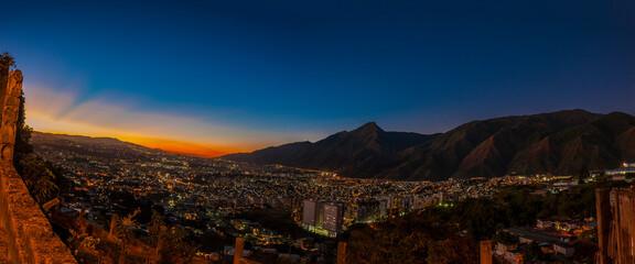 Garden Poster Brown Panoramica Caracas - El Avila 4