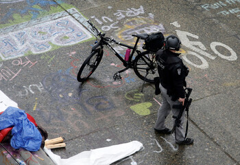 Seattle Police retake the CHOP area in Seattle