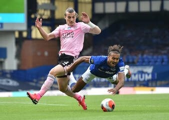 Premier League - Everton v Leicester City