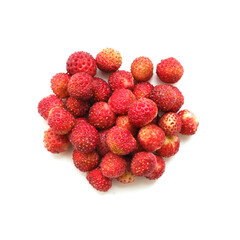 Fototapete -  wild strawberry isolated on white background, top view