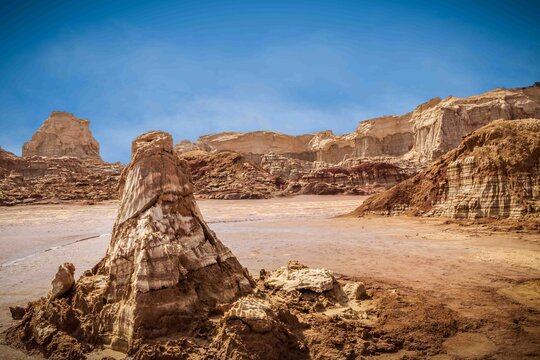 Danakil depression salt mountains