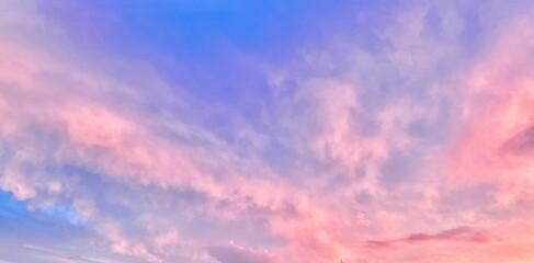 Foto op Canvas Lichtroze fréjus ciel nuage coché de soleil soir var nature rosé rose violet mauve
