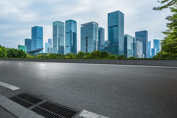 Fotomurales - empty road in Shenzhen town Square