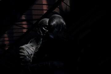 Fototapeta Statue In Darkroom