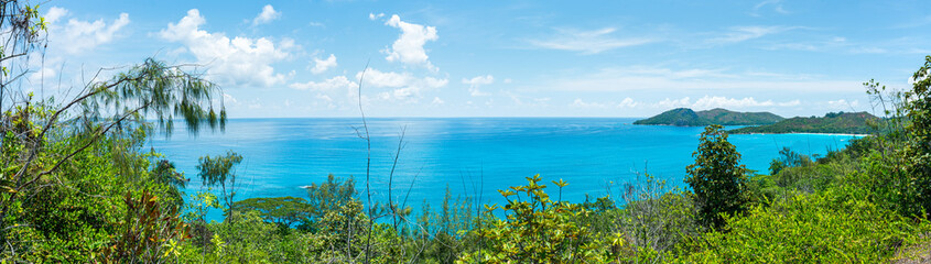 Wall Mural - Panoramic view of the island Praslin in the Seychelles