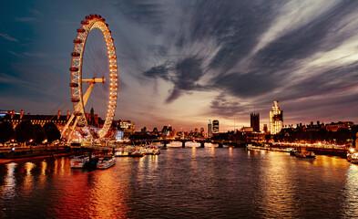 Estores personalizados com sua foto Ferris Wheel In City At Sunset