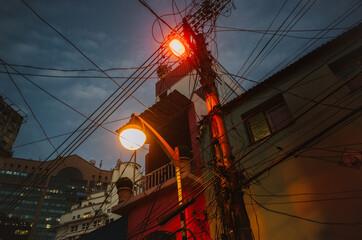 Fotomurales - Street Lamps And Electrical Plyon In Rio De Janeiro, Brazil