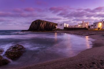 Anochecer en la playa de La Isleta del Moro, Parque Natural de Cabo de Gata-Níjar, provincia de Almería, Andalucía, España