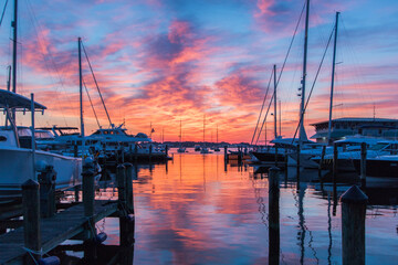 Fotomurales - Boats Moored In Harbor At Sunset