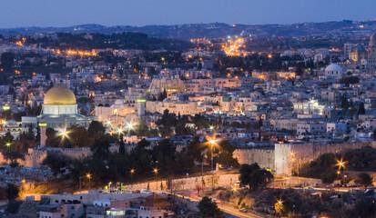 Fotomurales - High Angle View Of Illuminated City At Night