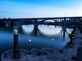 bridge over the knoxville river in knoxville, tennessee