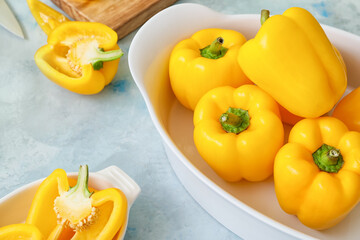 Yellow bell pepper in bowl on table