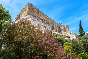 Fototapete - Acropolis of Athens in summer, Greece. Famous Acropolis hill is top landmark of old Athens. Landscape with medieval castle