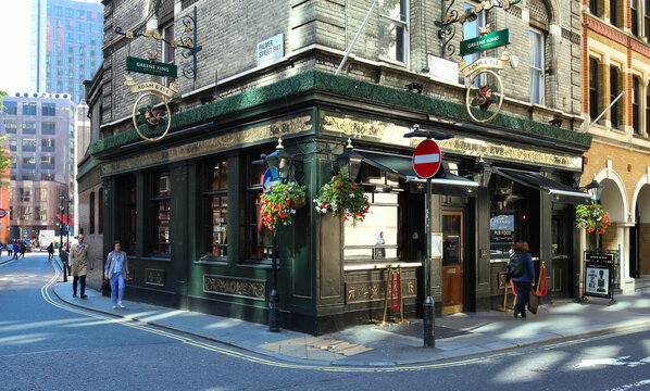 LONDON, UK-AUGUST 11, 2017: The traditional English pub Adam and Eve in North London near Oxford Circus and Tottenham Court Road stationon.