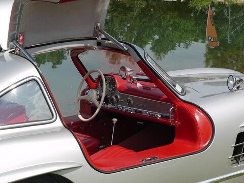 Mercedes Benz 300 SL Gullwing Coupe