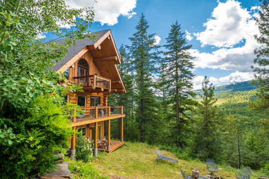 A 3 story log home with decks in the mountains near Coeur d'Alene, Idaho, USA