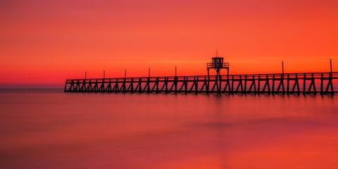 Photo sur Plexiglas Corail La jetée de Luc sur mer (Normandie)