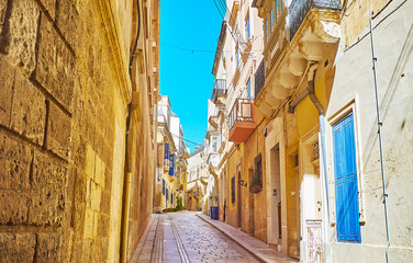 Narrow streets of old Birgu, Malta