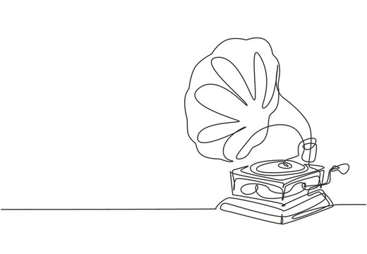 Single continuous line drawing of old retro analog vinyl gramophone with circle wooden desk. Classic vintage music player concept. Musical instrument one line draw design vector graphic illustration