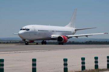 737 como motores rojos Fototapete