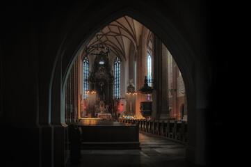 Obraz wnętrze katedry w Opolu - fototapety do salonu