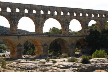 Fototapeta Francja , Prowansja , sierpień 2019 , Pont du Gard obraz