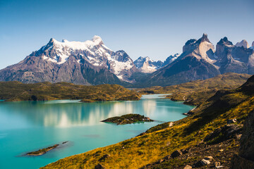 Foto op Canvas Bergen Chile, Scenic view of turquoise lake in front of Cordillera Paine mountain group