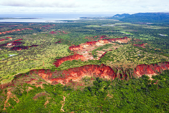 Vue aérienne du parc national d' Ankarafantsika à Madagascar