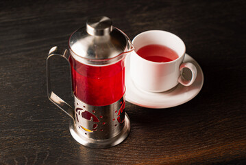 berry tea on the wooden background
