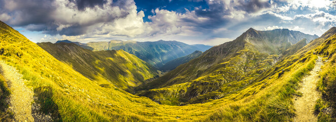 Foto auf Acrylglas Melone Mountain landscape. Hiking fagaras mountains in Romania. Carpathians, Transilvania, Romania, Europe. Transfagarasan road. Panorama