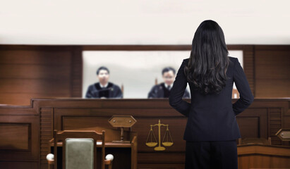 courtroom attastor talking to magistrate