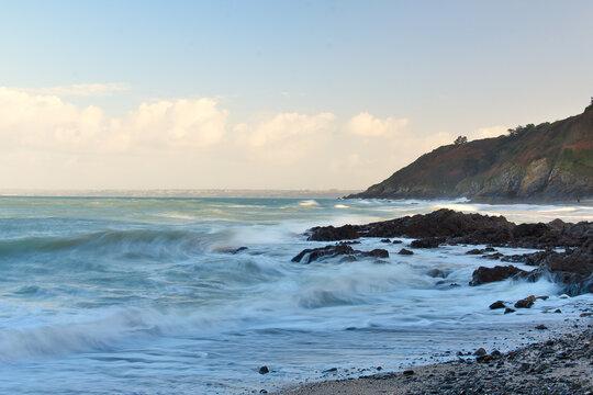 Plérin (22) : plage de Martin, la pointe du roselier en arrière plan.
