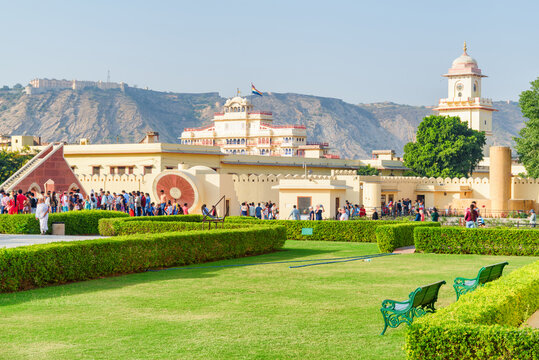 Wonderful view of scenic garden at the Jantar Mantar, Jaipur