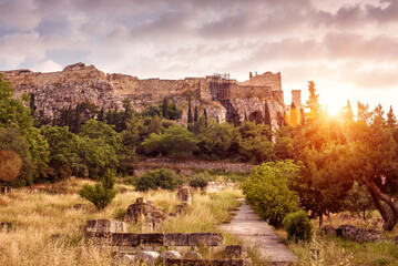 Fototapete - Landscape of Athens, Ancient Agora overlooking Acropolis hill at sunset, Greece