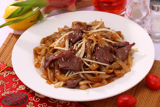 Close up of Hong Kong and Cantonese style Fried beef flat rice noodle