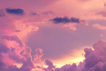 Foto op Canvas Candy roze Sunset / sunrise with dramatic cloudscape, vivd colors