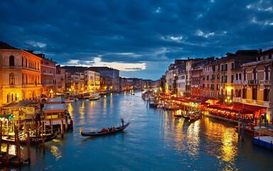 Fotorolgordijn Gondolas venice grand canal