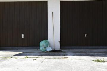 Besenrein - Garage Entrümpelung