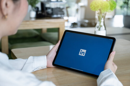 CHIANG MAI, THAILAND : JULY 26, 2020 : LinkedIn logo on ipad screen. LinkedIn is a social network for search and establishment of business contacts. It is founded in 2002.