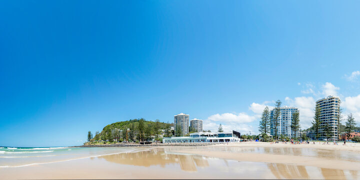 Wide view of sunny day at the Gold Coast beach