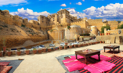 Jaisalmer - wonderful city in the desert called