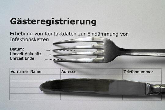 Formular für die Gästeregistrierung in einem Restaurant in Deutschland während der Corona-Pandemie